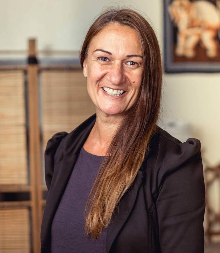 woman motivational speaker in Edinburgh Georgia Jenkins 1